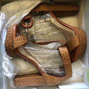 Jessica Simpson Womens /Multi Ankle Strap Heels